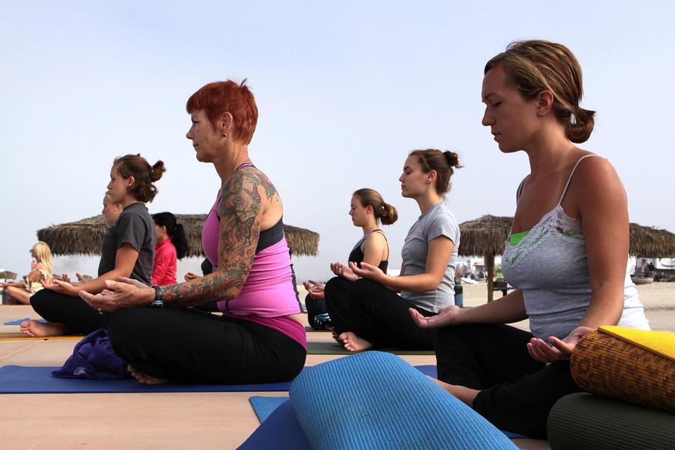 Hold med yogaelever